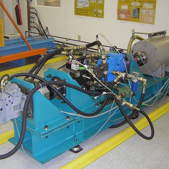 750X550_0073_pumpsFluidPower3